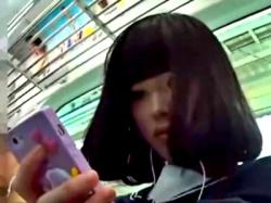 このレベルの美少女JKのパンチラ(ナプキン付き)って激しく抜けるよなwww(動画あり)の画像