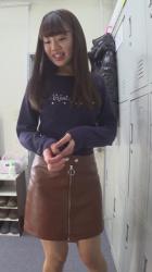 エロNGの撮影モデルさんが更衣室で着替えてる瞬間を隠し撮り!おっぱいまで丸見えの露わな姿!の画像