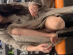 街で撮られたお姉さんのお尻、Pライン、脚、太もも、生パンツまで、エロい下半身の画像まとめ!の画像