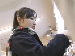 【痴漢盗撮動画】太ももムチムチのミニスカJKに狙いを定め付け回し電車でパイパンのおまんこを手マンや素股や生ハメで陵辱する!の画像