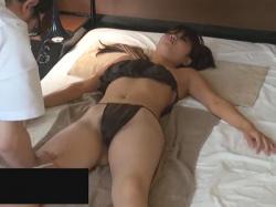【無修正盗撮動画】女性用の性感マッサージにを利用するギャル!ピンピンの乳首やクリトリスを手や大人のおもちゃで責めまくる!の画像