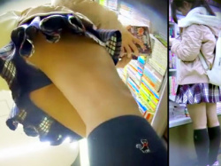 【JC逆さ撮り盗撮動画】黒パンツを重ね履きする女の子を本屋で隠し撮り…見せパンの隙間から綿パンツがチラリwwの画像