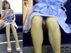 【電車パンチラ盗撮動画】足の美しいミニスカ素人女性…見えそうで見えないパンツが一瞬だけ見えたっ!!wwの画像