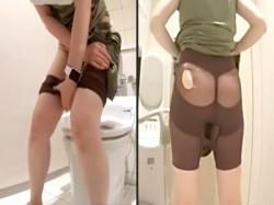 【人妻トイレ盗撮動画】潔癖すぎて便器に座れないガードルを穿いたセレブ雰囲気を放つ素人女性のオシッコを隠しカメラ撮りwwの画像