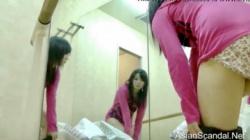 新体操部の部室にカメラを仕掛けてロリっ子の着替えを盗撮の画像