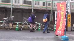 【JK援交盗撮動画】お小遣いを稼ぐ為、ラブホテルでおじさんと淫行する女子校生を隠し撮り!の画像