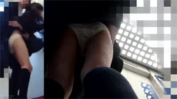 【JK痴漢盗撮動画】エレベーターでまさかの痴漢に必死で抵抗を続けた女子校生!卑劣な手マン野郎から逃げ切れるか!?の画像