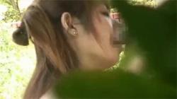 【JK青姦盗撮動画】将来が楽しみになるご奉仕フェラを繰り出す女子校生が公園ベンチで裸になって大胆SEX!の画像