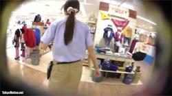 【店員逆さ撮り盗撮動画】ロングスカートの激カワお姉さん…まさかのパンチラを隠し撮り!の画像