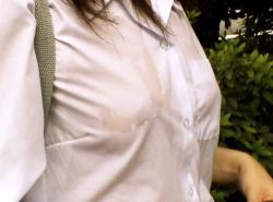 制服や体操服でノーブラJKが胸ポチしている透けエロ画像まとめの画像