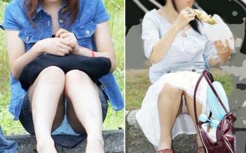 人前で平然としゃがみパンチラする女子の街撮りエロ画像の画像