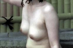 無修正 高画質【盗撮】~女だらけの「露天風呂」~「高学年」JS女子から「OL」までの若い「オッパイ」「おマ●コ」を撮影! コチラは「JC」女子の 未成熟「オッパイ」~!!の画像