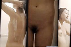 《薄消し修正》盗撮【民家】~近所の「風呂場」を覗く~「高学年JS」女子の未成熟「オッパイ」と「薄毛マ●コ」を撮影~っ!!の画像