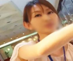 【逆さHERO】美人ショップ店員のキュロットの隙間からお宝パンチラを狙う!の画像