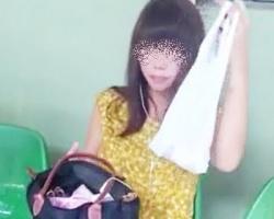 駅で見かけた黒髪美女をストーキング隠撮!背後から逆さ撮りして白Pゲットの画像