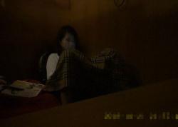 【オナニー隠し撮り】ネカフェのお隣事情②_10代清楚系と20歳くらいのギャル。の画像