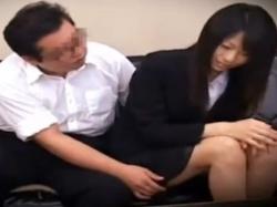 《セックス動画》就職を餌にセックスを強要される女子大生を隠し撮り盗撮の画像