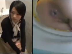 《排泄動画》可愛い子だって排便する!トイレで用をたすOLたちを隠し撮り盗撮の画像