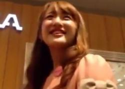 笑顔が素敵なアパレル店員さんのパンツ盗撮動画!の画像