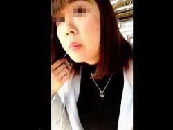 【盗撮】ご尊顔を撮ってなんなら声を掛けてからスカメクパンチラ撮りしてる拘りの撮り師♪の画像
