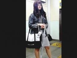 【盗撮動画】パンチラ拝むのが待ち遠しくなる極上ターゲット女子をわくわくスカメク撮り♪の画像
