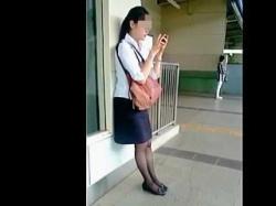 【盗撮動画】黒パンスト越しの神々しい純白パンチラを魅せてくれた素朴な感じのお姉さん♪の画像