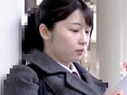 【盗撮動画】透き通る美肌の女子校生を中出しレイプした後にトイレでトドメの顔射した鬼畜♪の画像