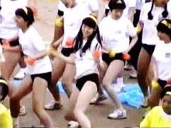 【盗撮動画】ノリノリのブルマダンスで男子たちのオナネタになってたあん時の体育祭JKたち♪の画像