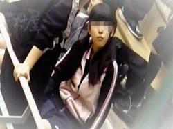 【盗撮動画】最狂レベルのアカンヤツ!試合会場の女子トイレで隠し撮りされたバド少女♪の画像