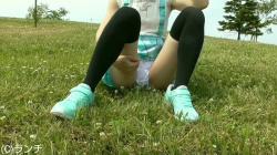 JSにしか見えないロリ少女のパンツを盗撮した長編映像!の画像