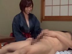 和装を纏ったうら若き女達が、宿泊した男性客相手に中出しセックスをせがむ。の画像