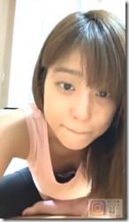 岡副麻希ちゃんがインスタライブで胸ちらして、乳輪?が見えてるようなないようなセクシー動画やGIFwwwの画像