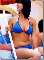 昭和のアイドルのちょっとエロい水着グラビアwwwの画像